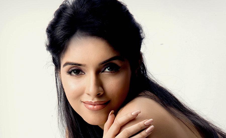 Asin tamil actress photos facebook cover popopics asin tamil actress photos altavistaventures Choice Image