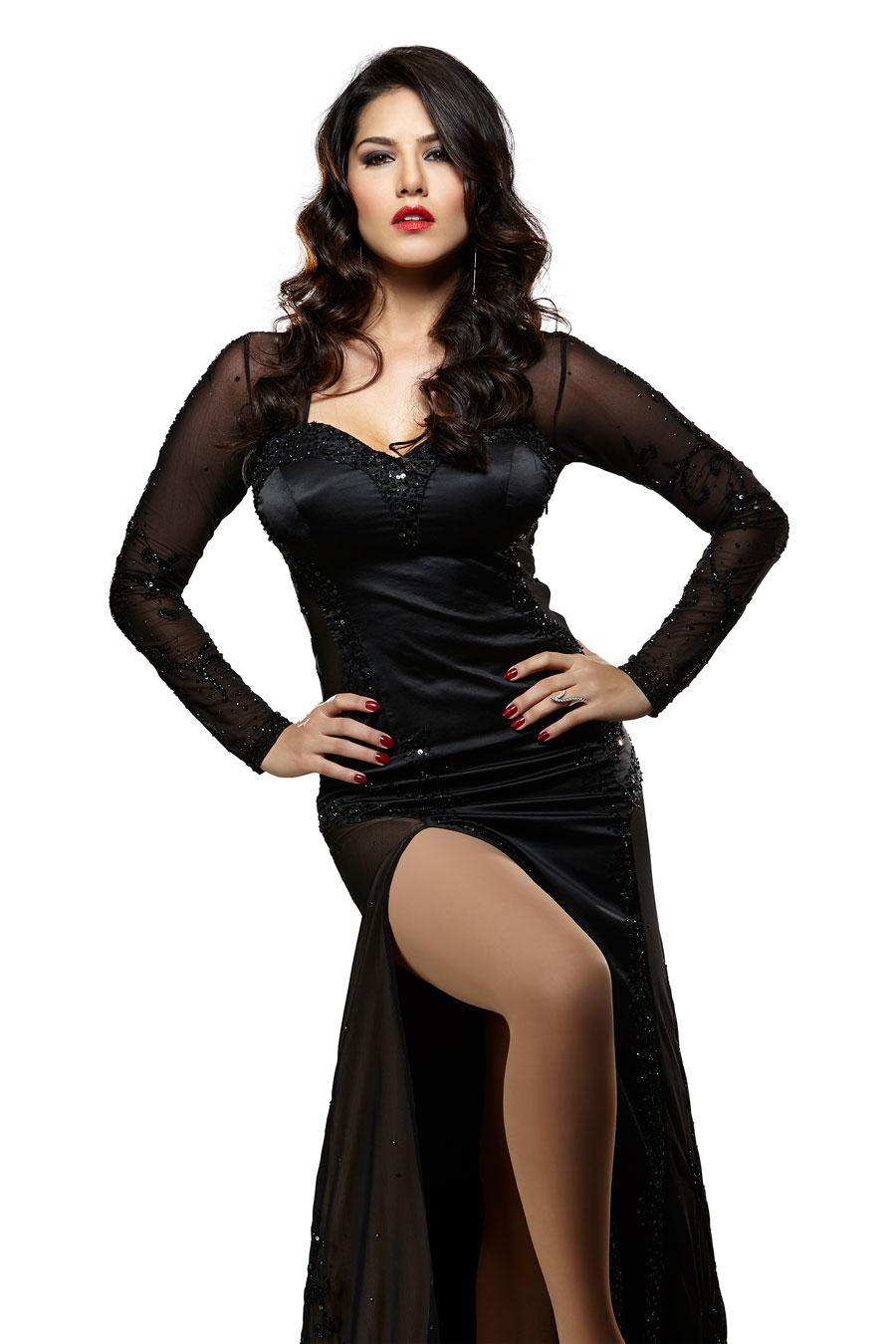Facebook Covers For Sunny Leone [85-96] • PoPoPics com