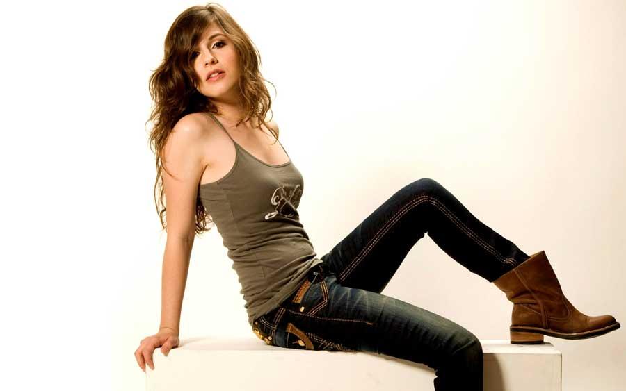 Erin Sanders Sexy 80
