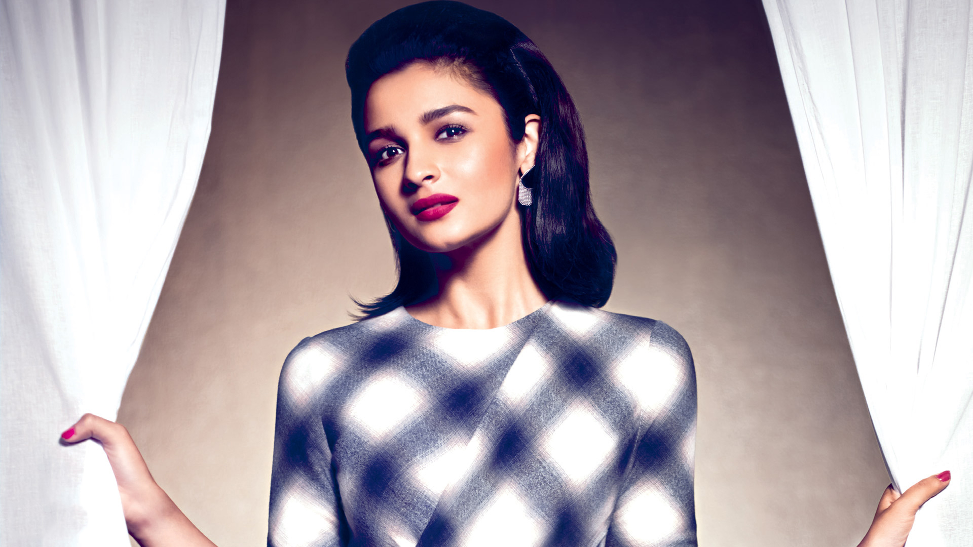 alia bhatt latest dashing wallpaper - facebook cover - popopics