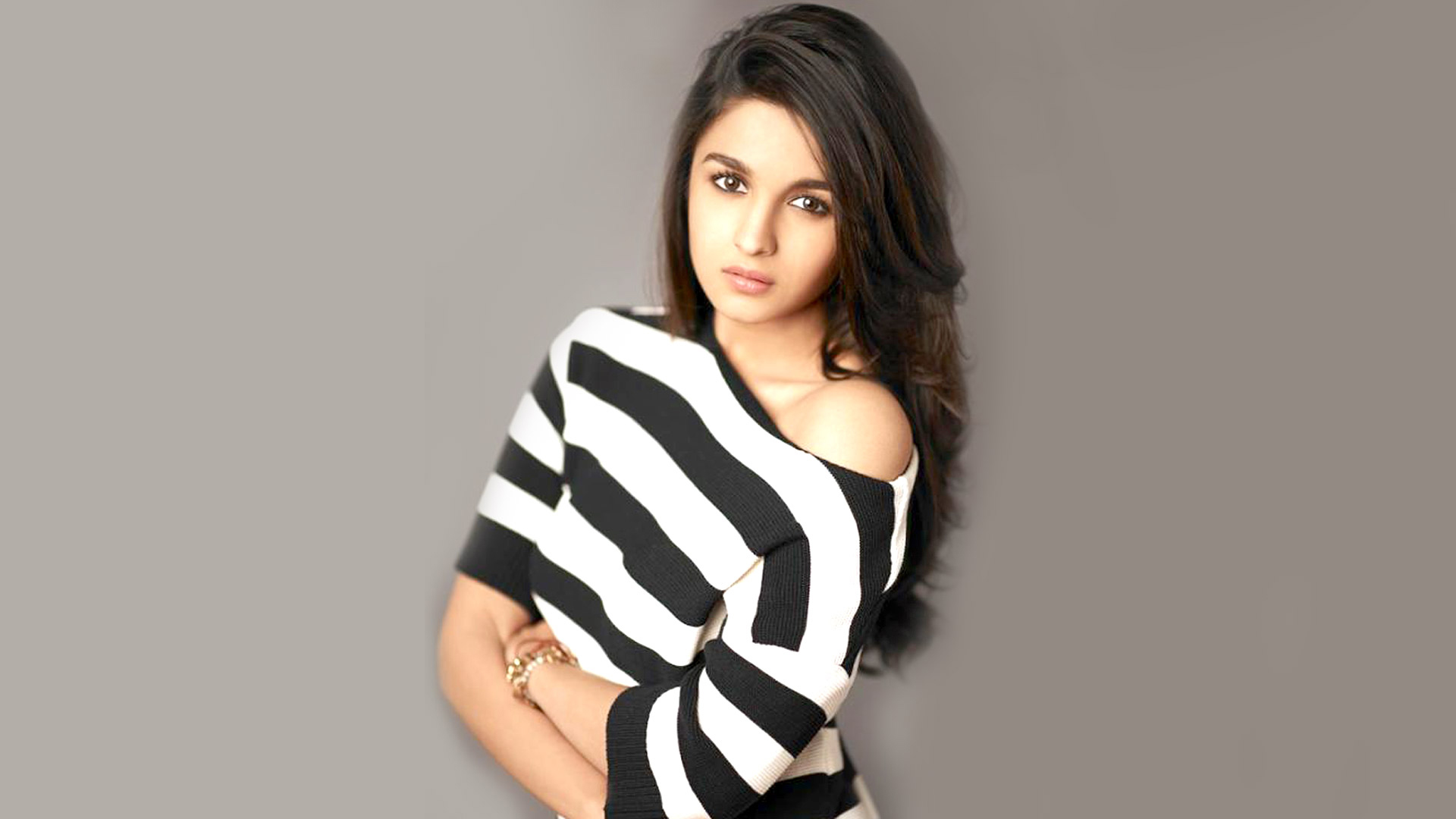 alia bhatt latest stylish wallpapers • popopics