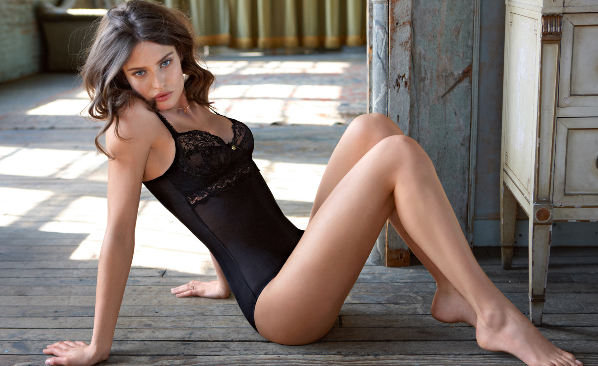 Facebook Covers For Bianca Balti • PoPoPics.com