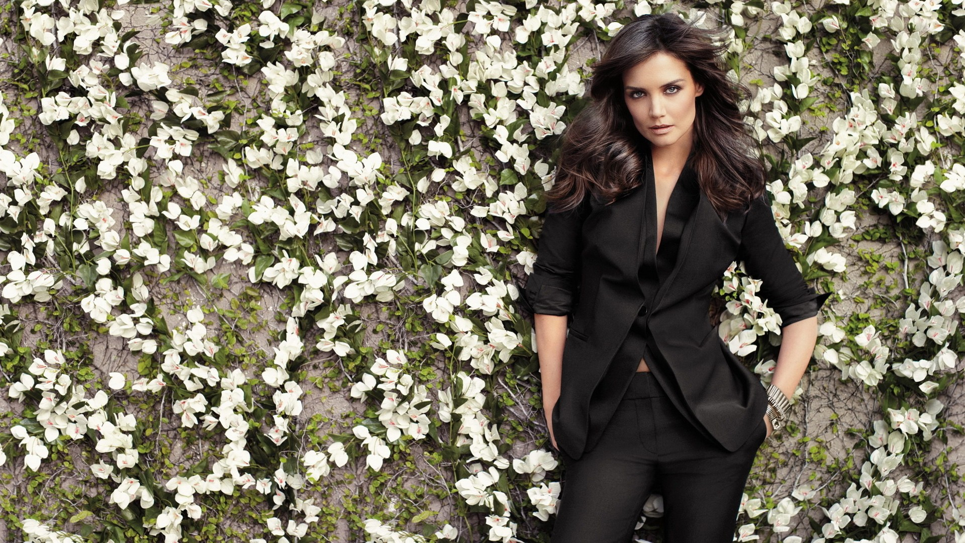 katie holmes in black wallpaper   facebook cover