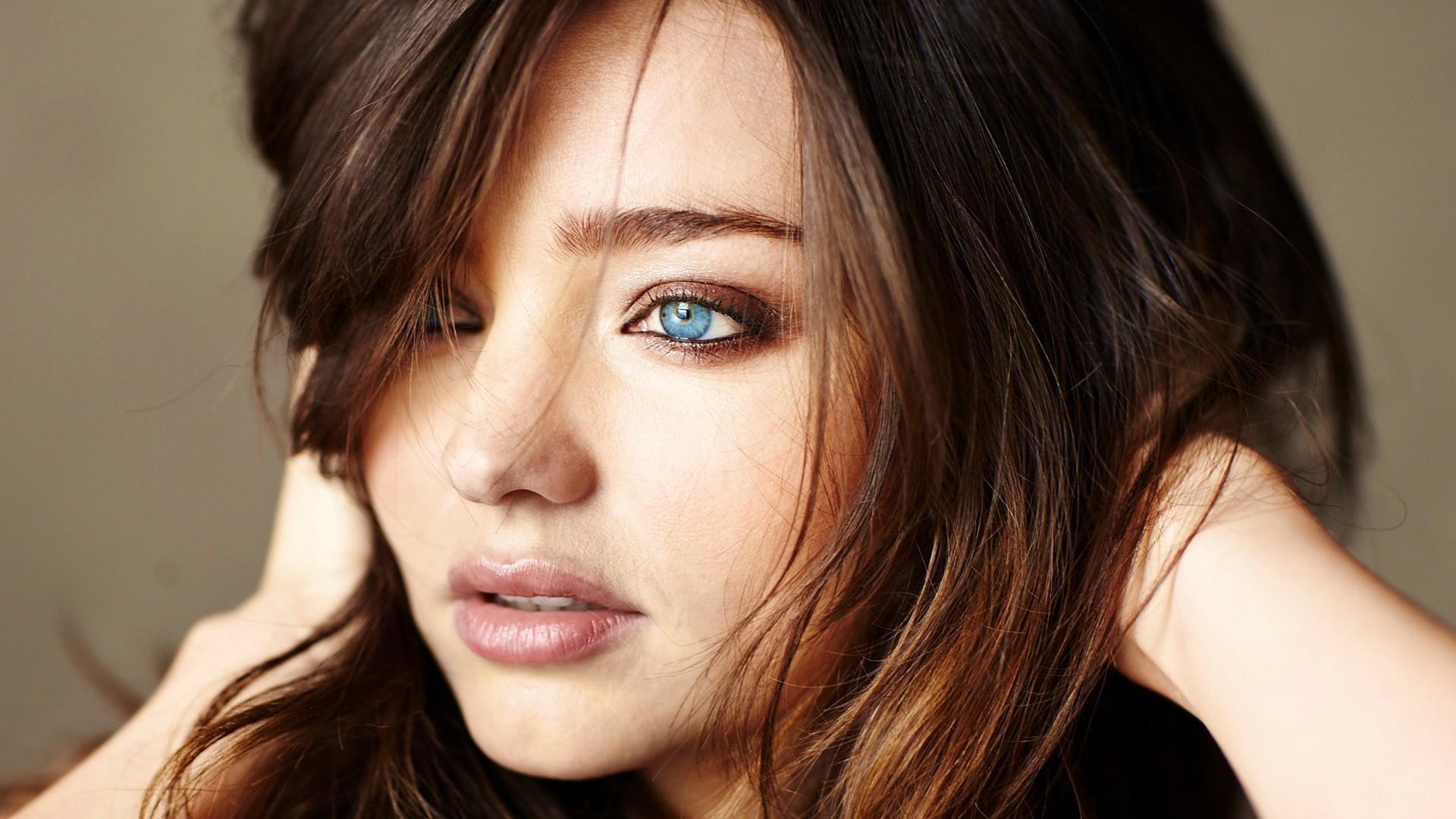Wallpaper Face Women Model Blue Eyes Brunette: Facebook Covers For Miranda Kerr • PoPoPics.com