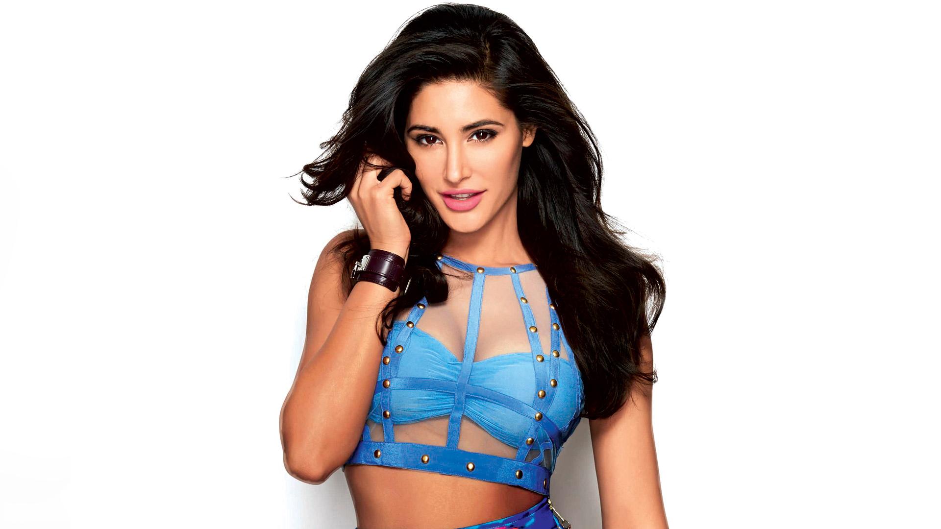 Celebrities Hd Wallpaper Download Nargis Fakhri Hd: Nargis Fakhri New Hot Hd Wallpapers