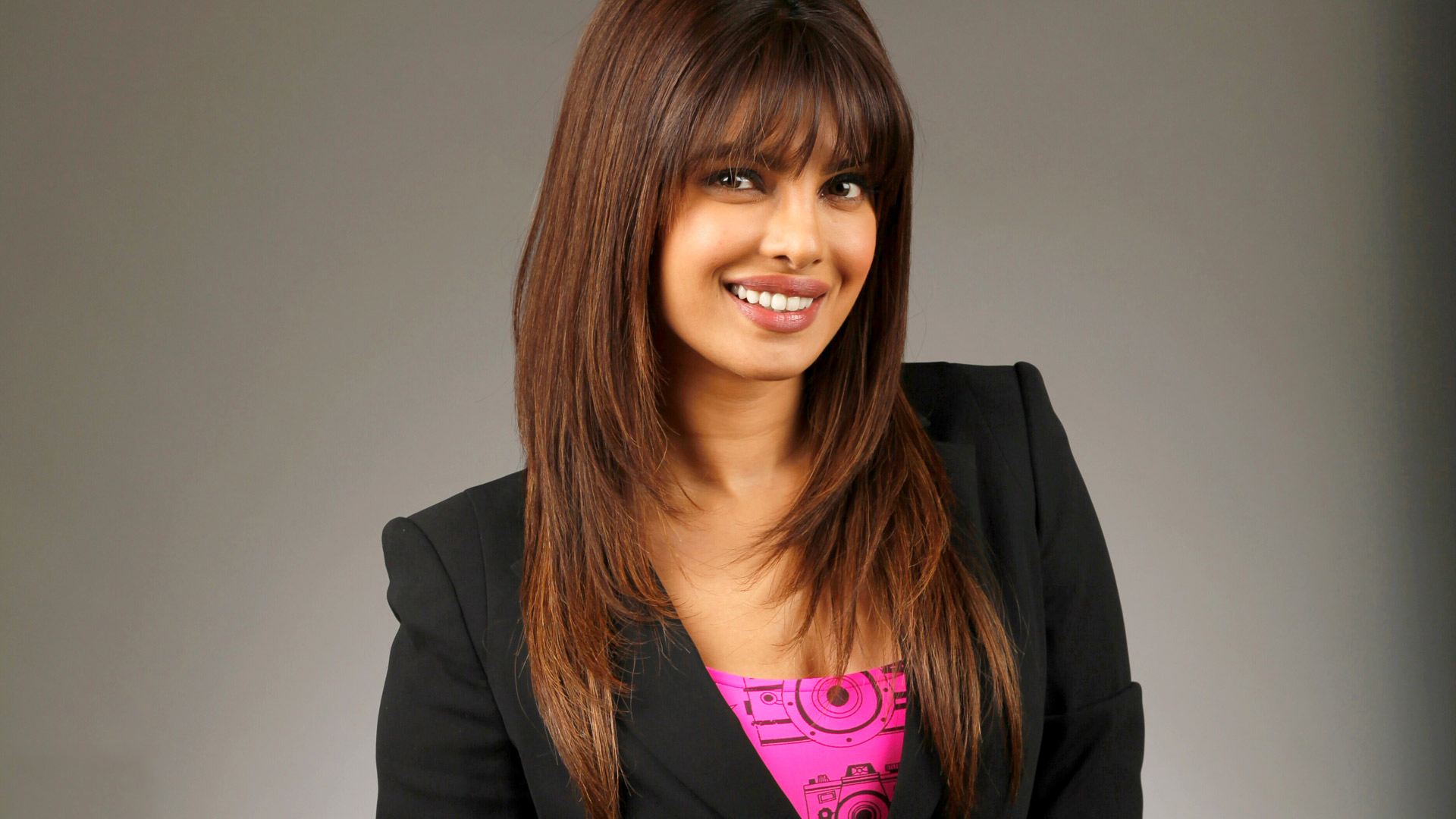 Facebook Covers For Priyanka Chopra Popopics Com