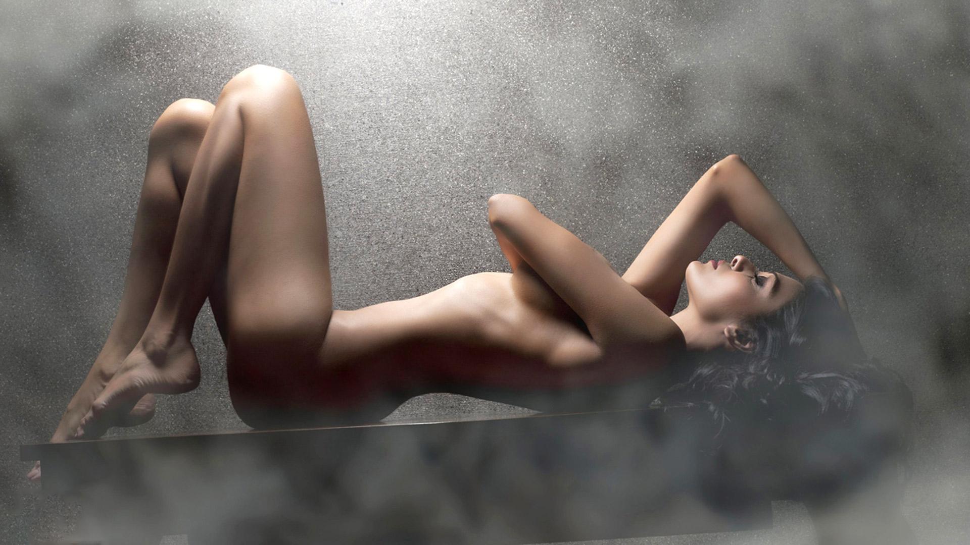 Naked ladies all natural