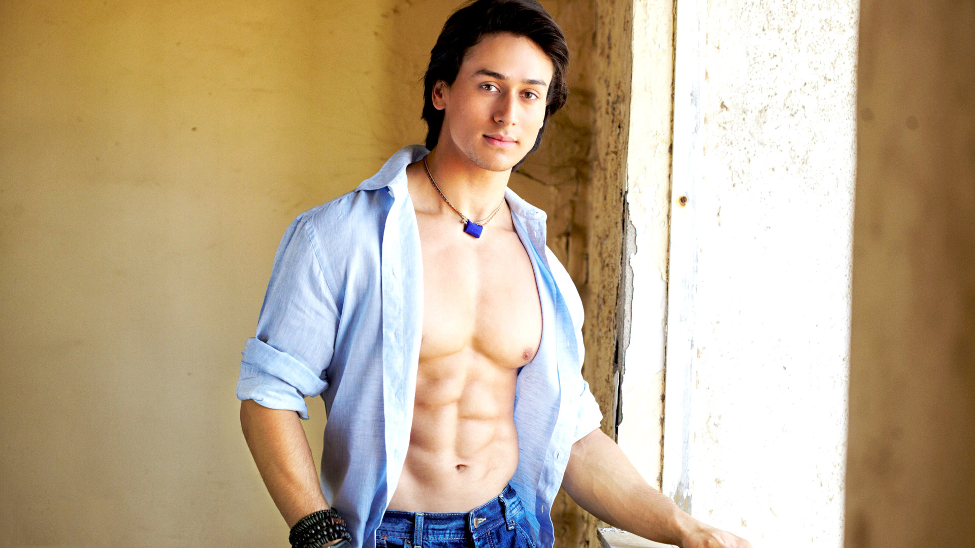 facebook covers for tiger shroff • popopics