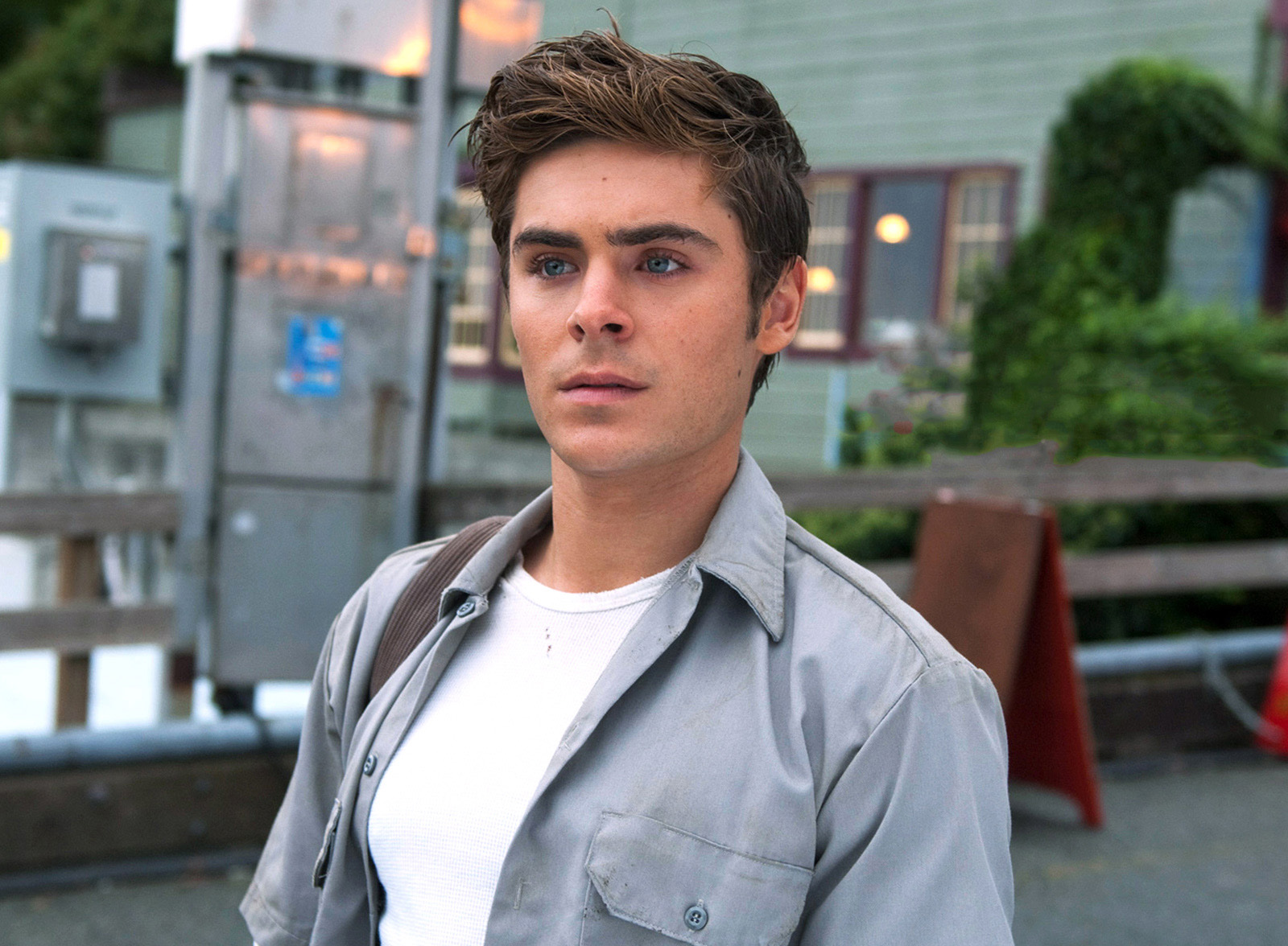 Zac Efron movies wallpapers• PoPoPics.com Zac Efron Movies