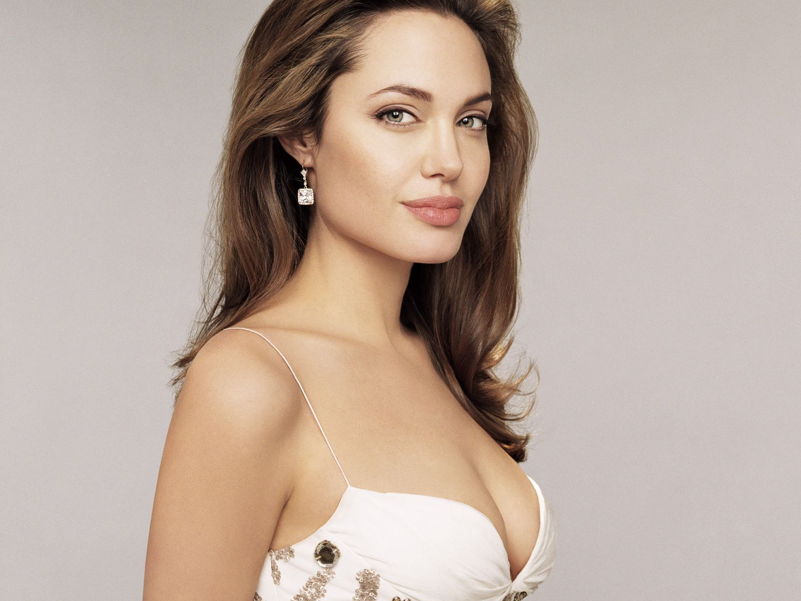Hot Angelina Jolie naked (52 foto and video), Topless, Fappening, Instagram, braless 2020
