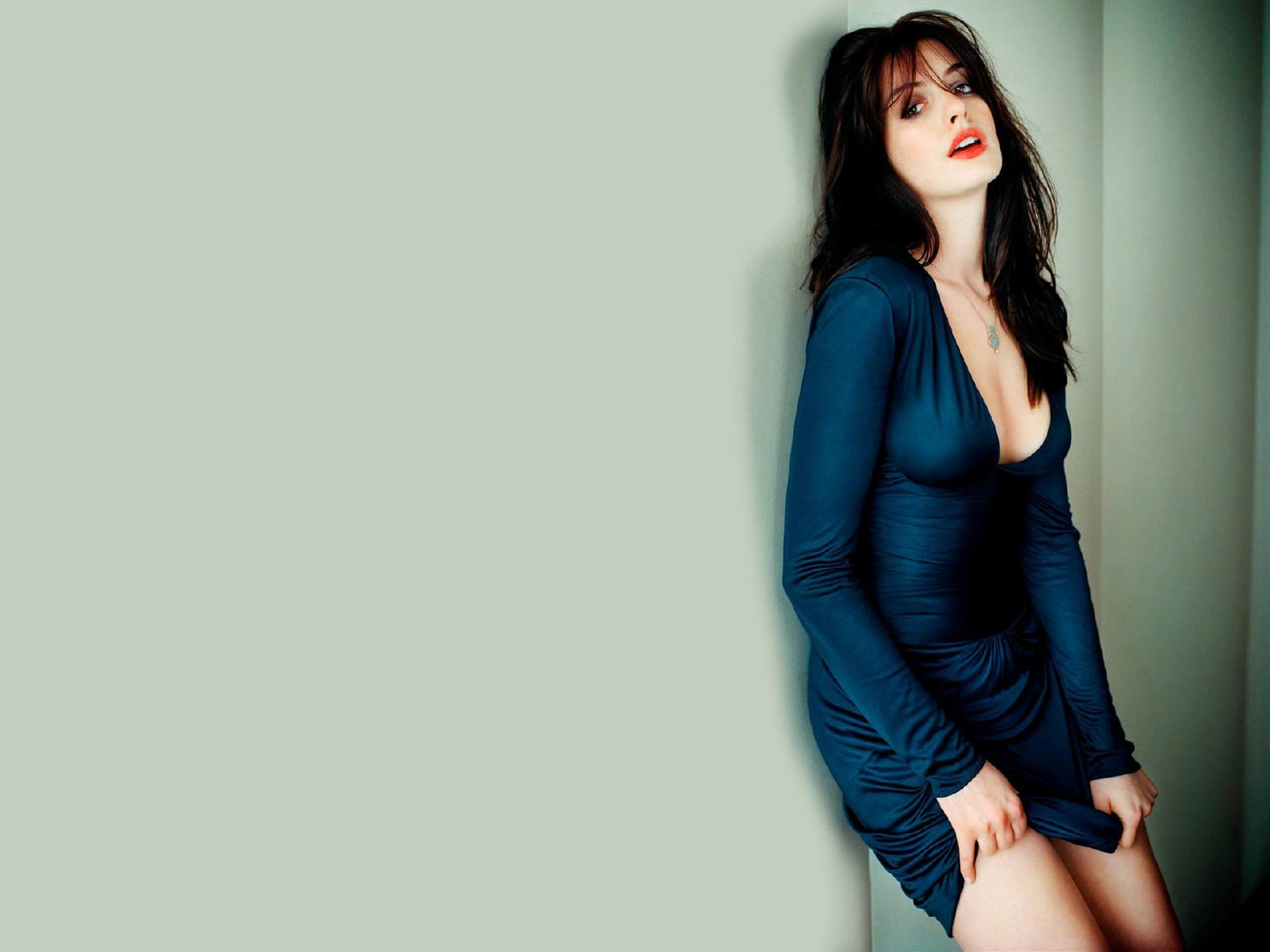 Cleavage Anna Tatangelo nude (18 photo), Topless, Paparazzi, Feet, in bikini 2015