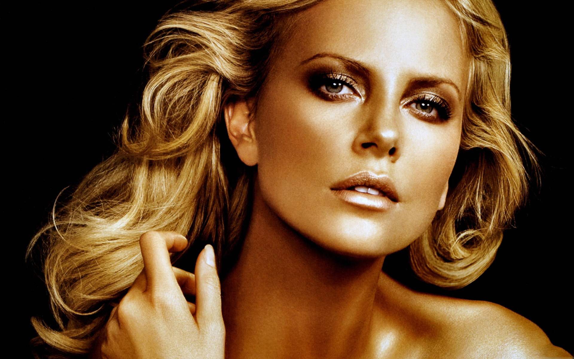 Charlize Theron Unseen Photos - Facebook Cover - PoPoPics.com Charlize Theron