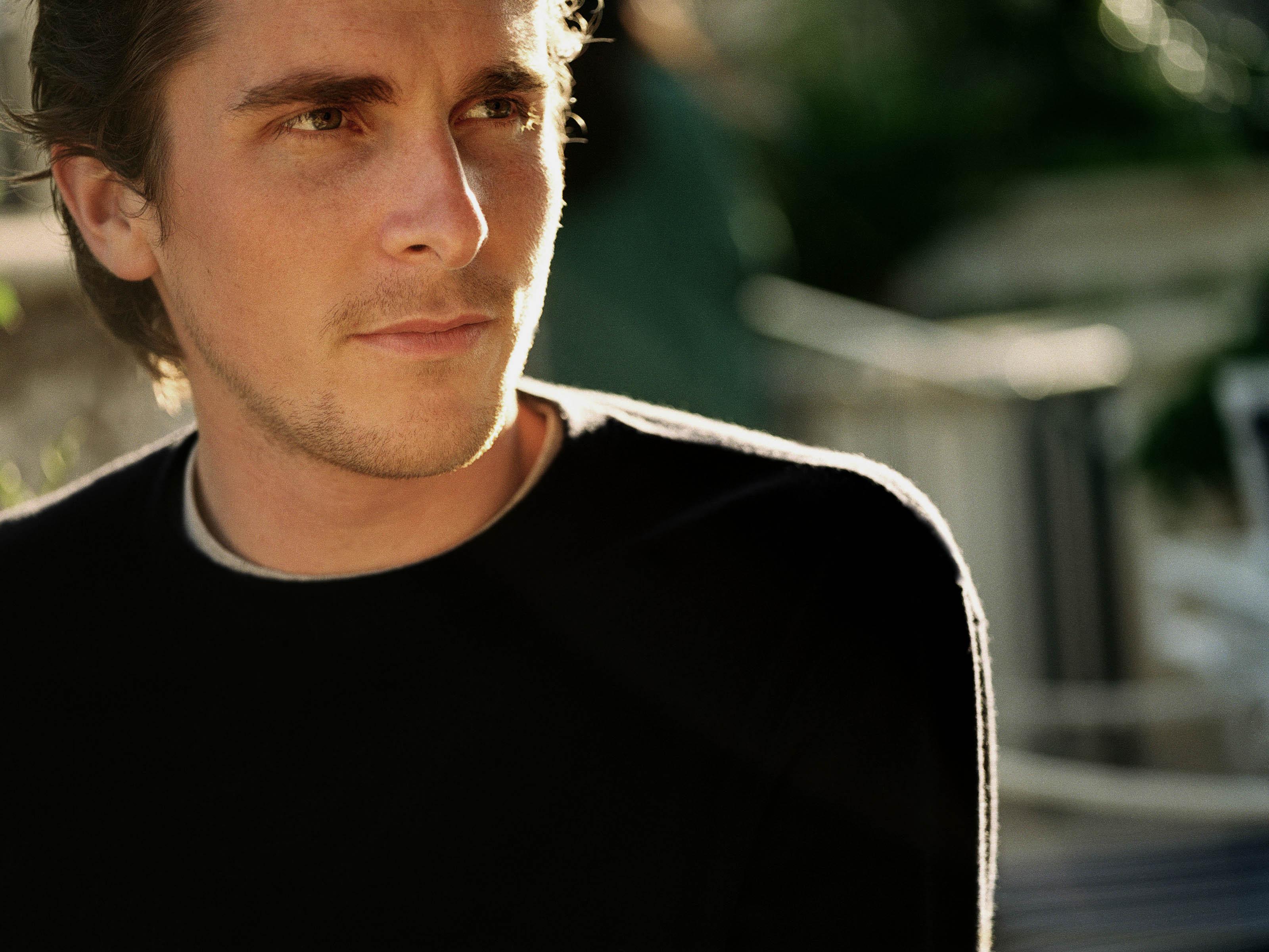 Christian Bale: Christian Bale Photo Gallery• PoPoPics.com