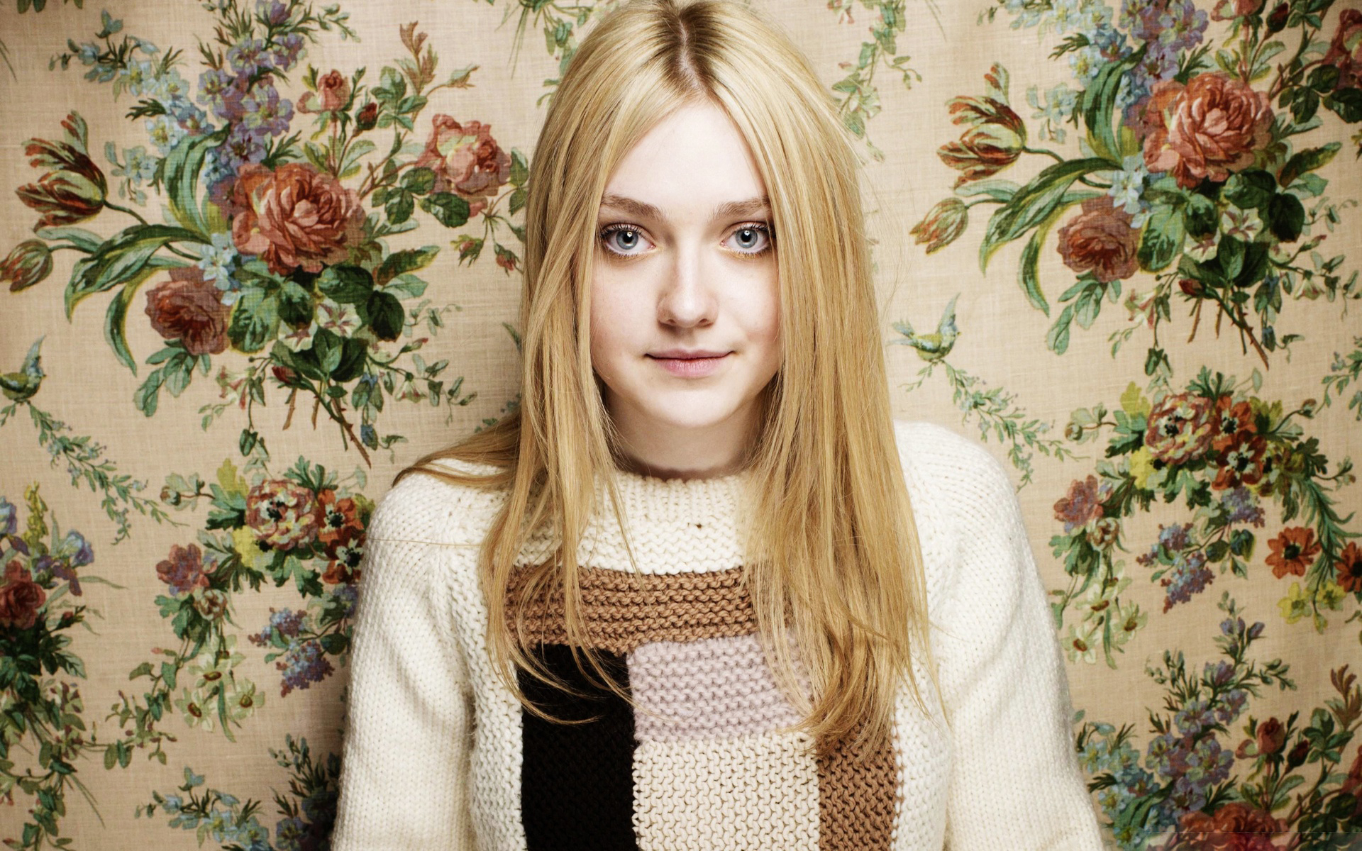 Dakota Fanning Hd Wallpaper - Facebook Cover - PoPoPics.com Dakota Fanning Blog