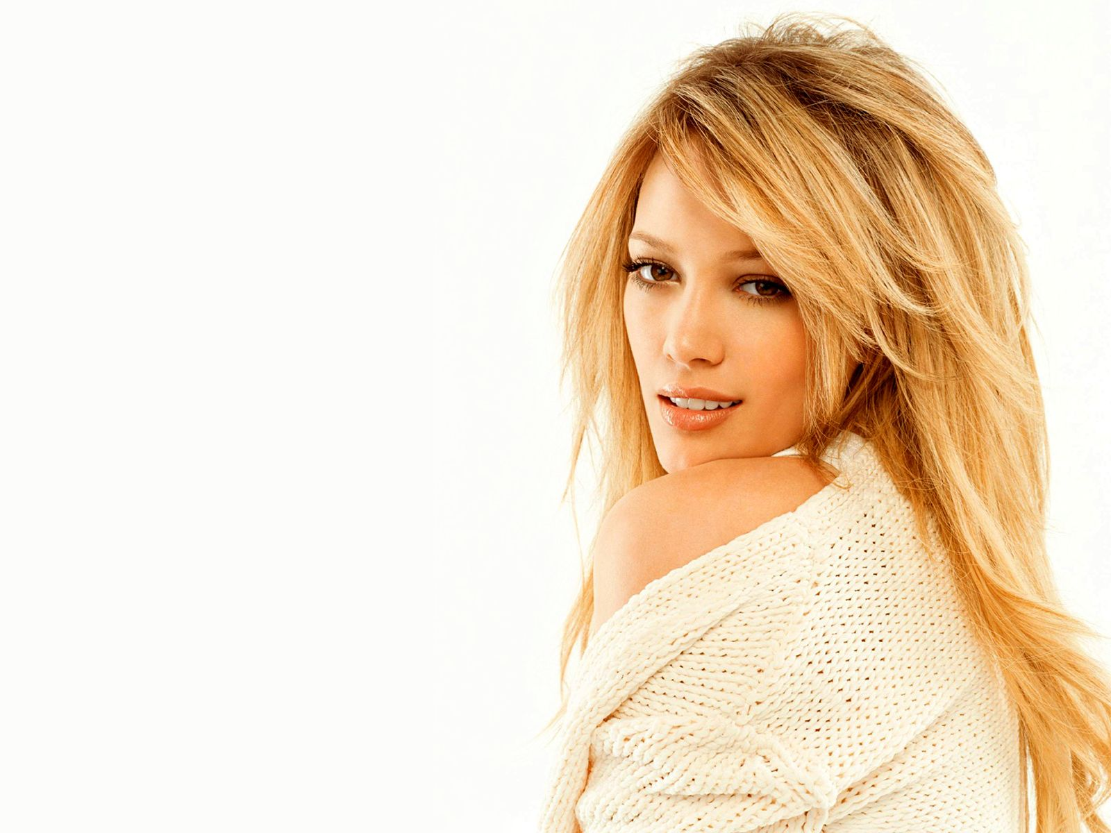 Hilary Duff Latest Loo... Hilary Duff