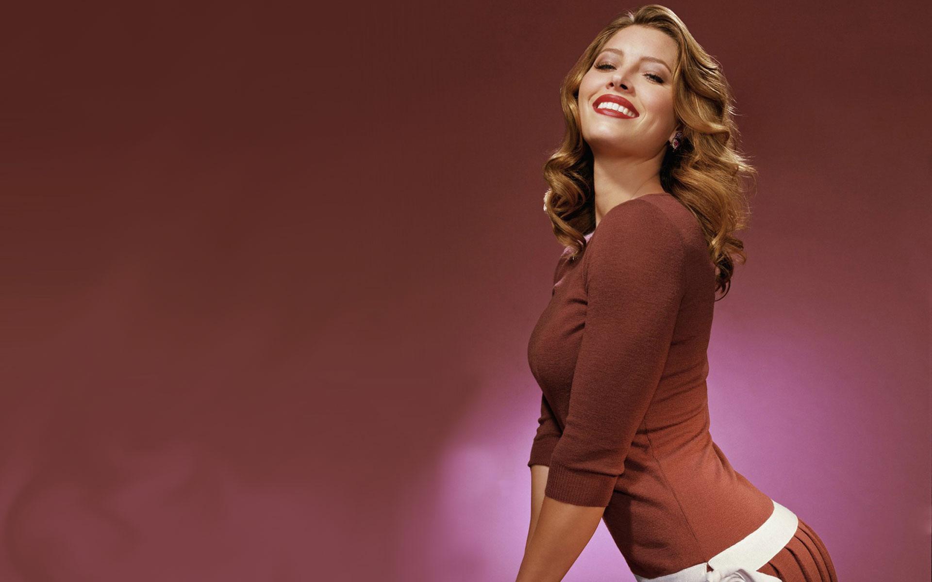 Jessica Biel Red Lip Images - Facebook Cover - PoPoPics.com Jessica Biel