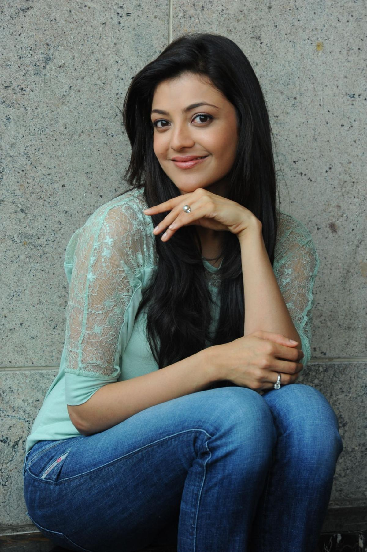 Kajal Aggarwal HD Wallpapers [13-24] • PoPoPics.com