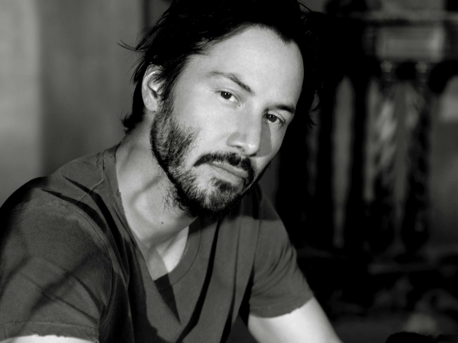 Keanu Reeves New Look ...