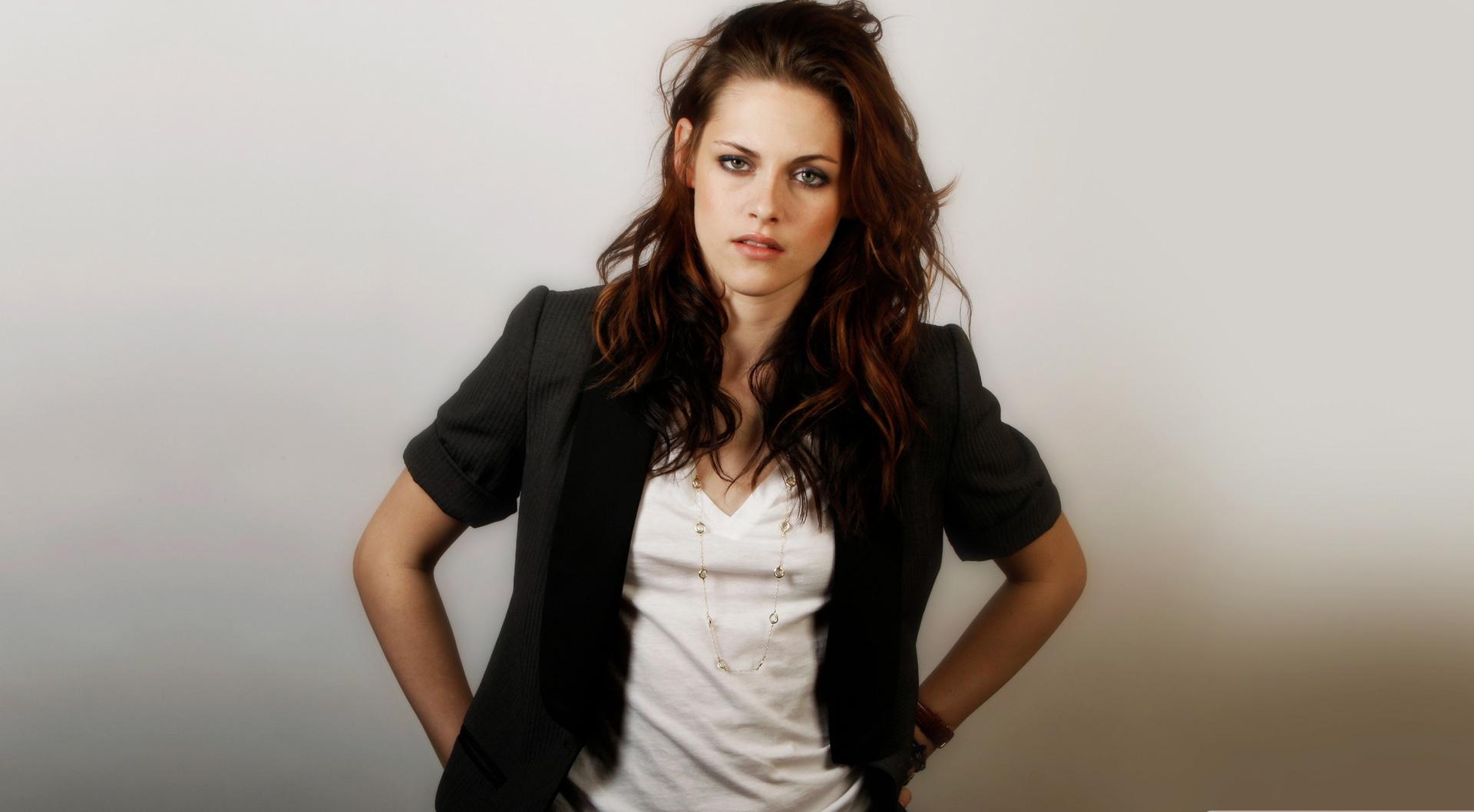 Top TV Shows, Recaps, New Movies, Entertainment Kristen stewart latest photo shoot