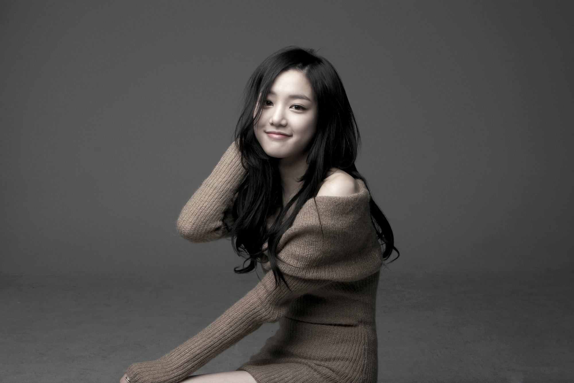 Asian teen girl enjoying - 1 1
