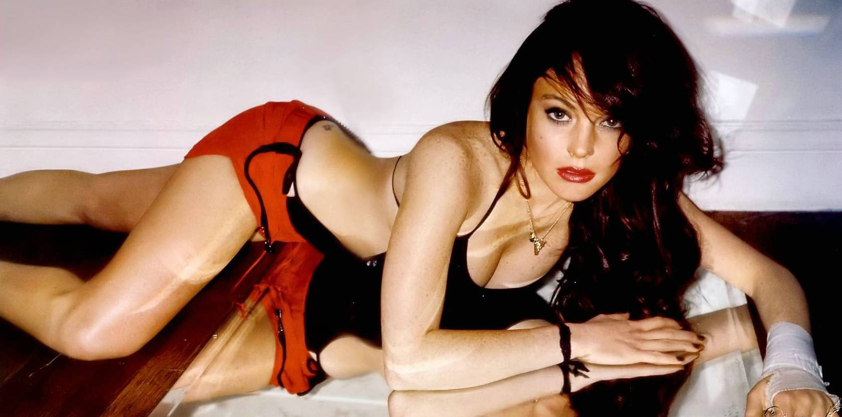 Lindsay Lohan Sexy Photo 2