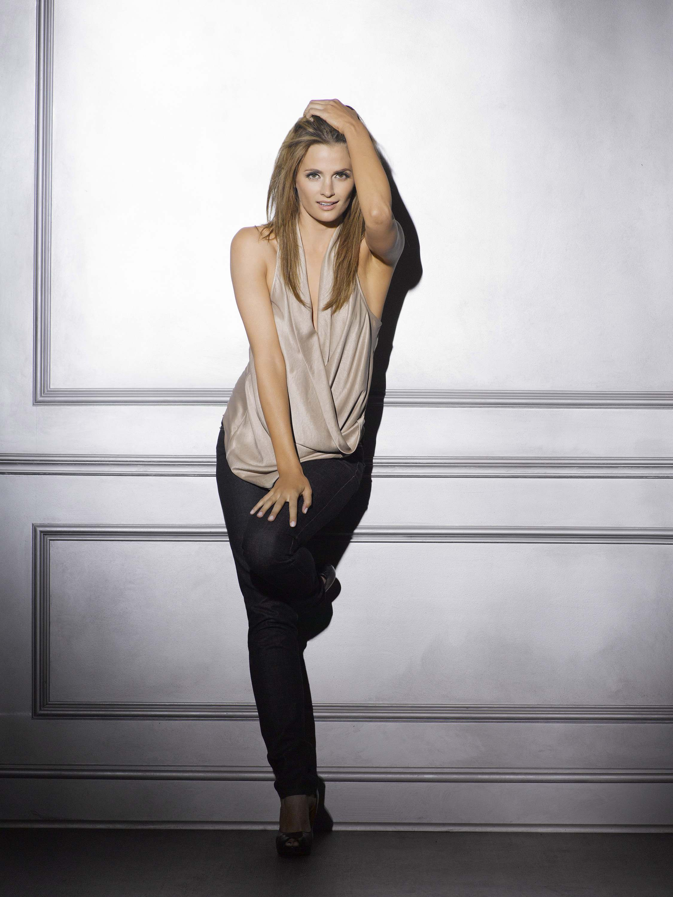 Stana Katic Hot Hd Photoshoot - Facebook Cover - PoPoPics.com