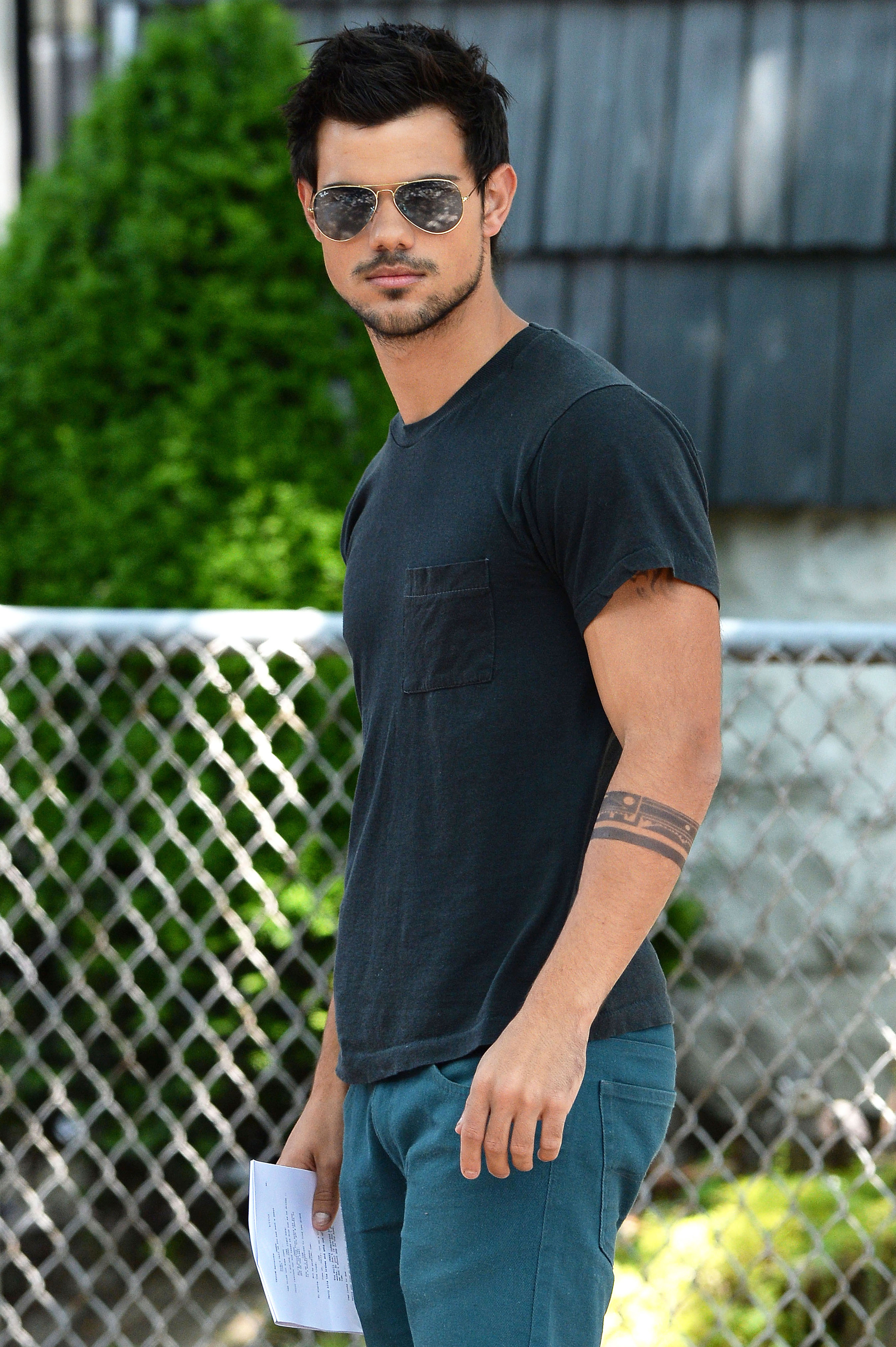 Taylor Lautner Cool Dude Wallpaper