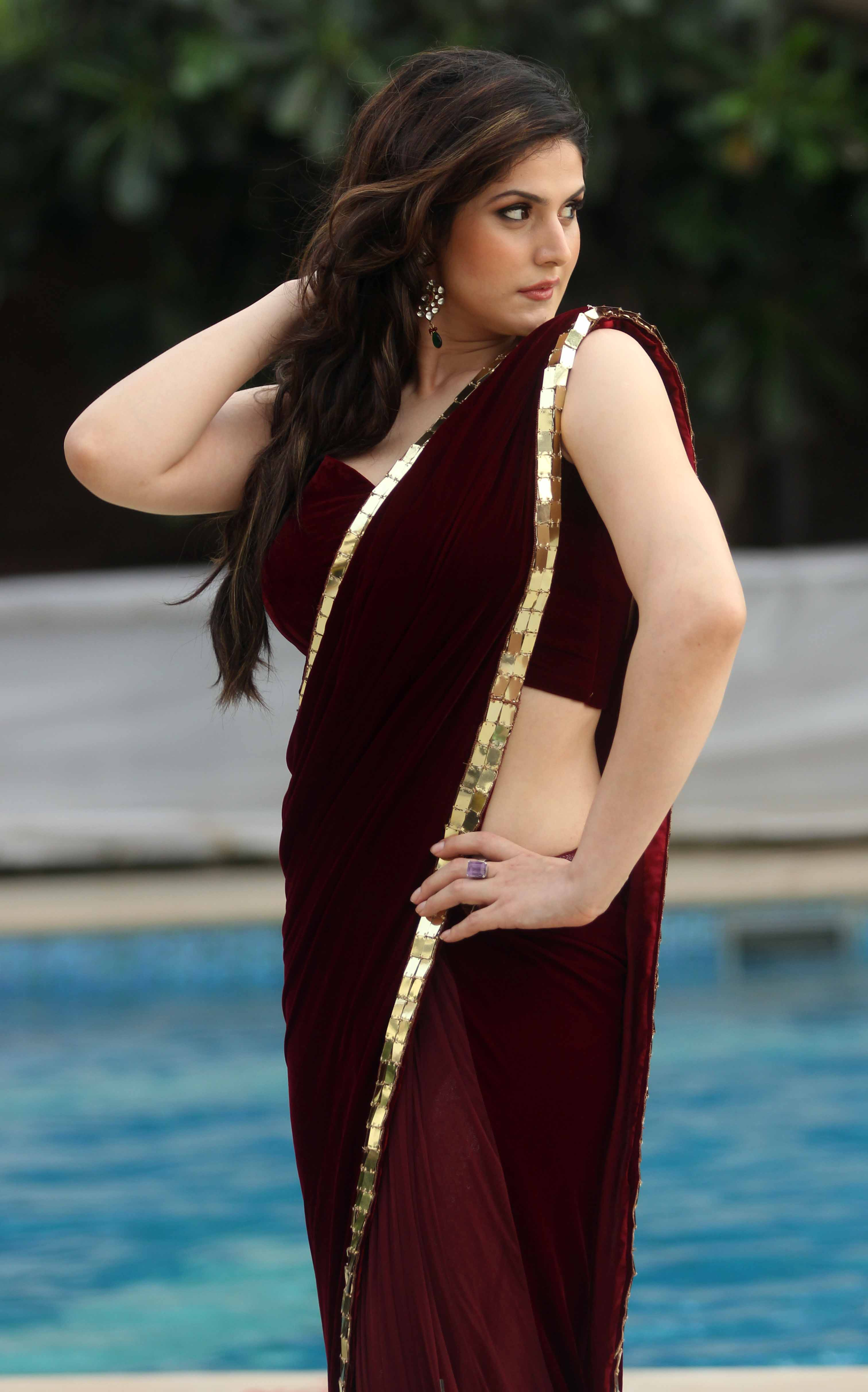 Zarine Khan HD Wallpapers • PoPoPics.com